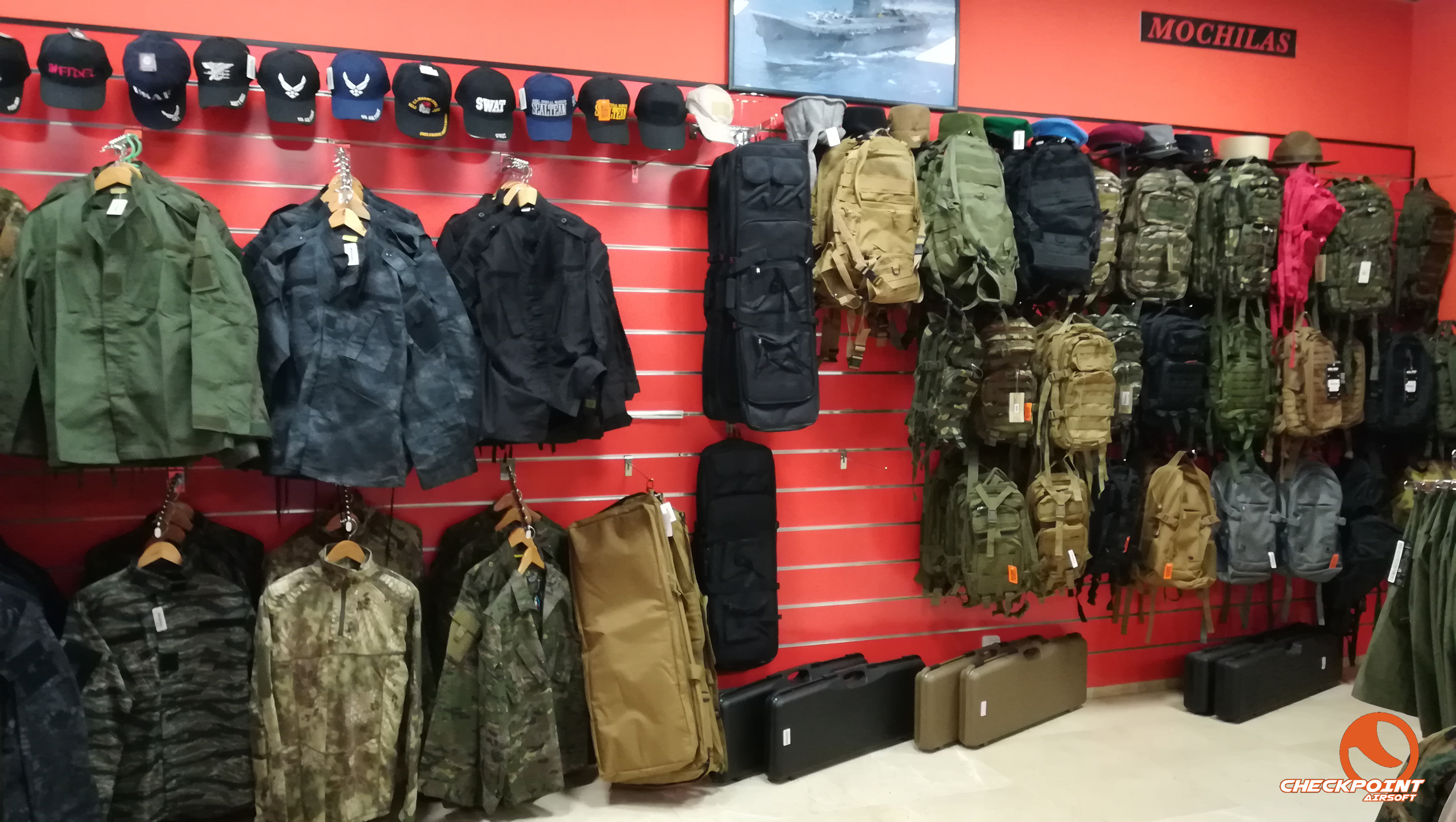 CheckPoint Airsoft zona uniformes/mochilas