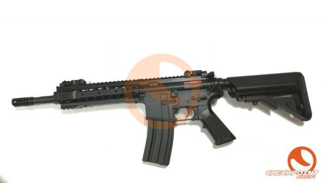M4 CM.516 Negro/Tan CYMA