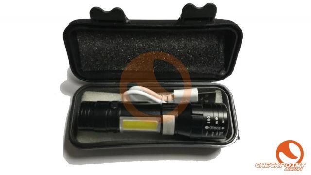 Linterna recargable con clip y cable USB