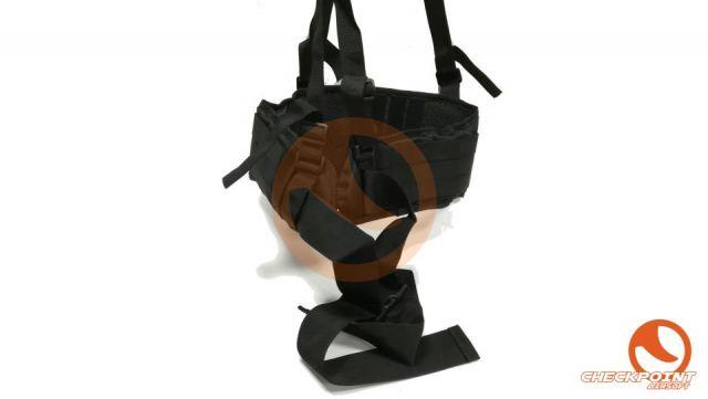 Cinturón molle con tirantes negro