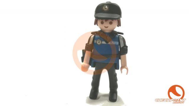 Muñeco custom Policía nacional seguridad